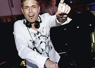 Dee Age: DJ - Moderation - Veranstaltungstechnik